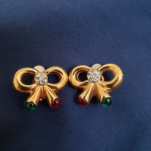 Joan Rivers Gold Bow Holiday Clip On Earrings